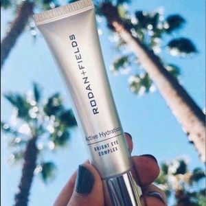Active Hydration Bright Eye Complex
